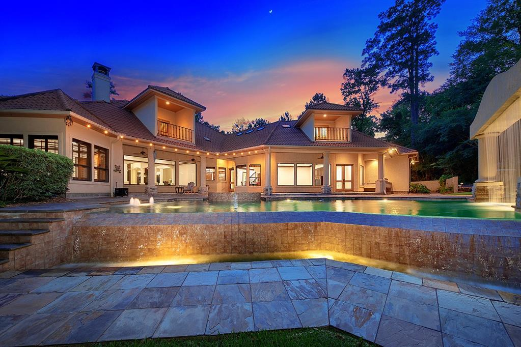 102 Trinity Oaks Circle Property Photo - The Woodlands, TX real estate listing