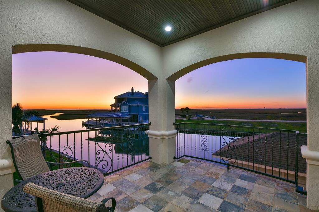 4 Isla Morada, Hitchcock, TX 77563 - Hitchcock, TX real estate listing