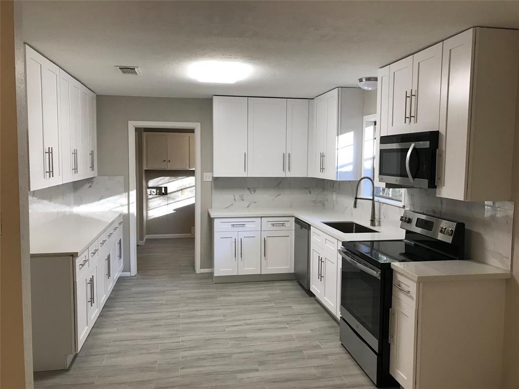 804 Camphor Circle, Village Mills, TX 77663 - Village Mills, TX real estate listing