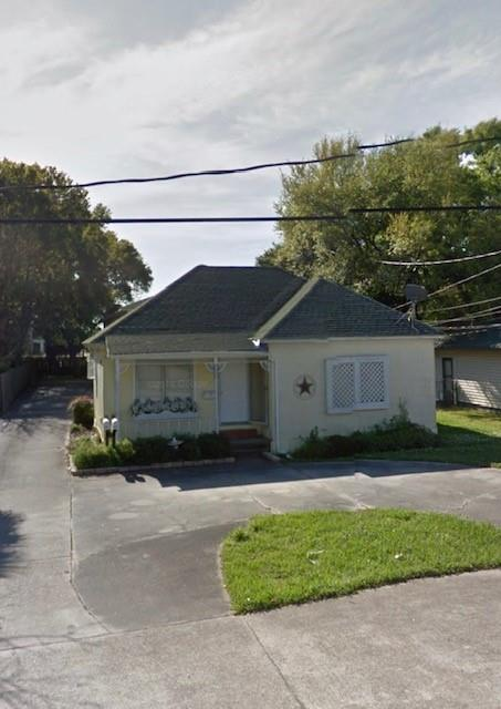5030 Monroe Street Property Photo - Groves, TX real estate listing