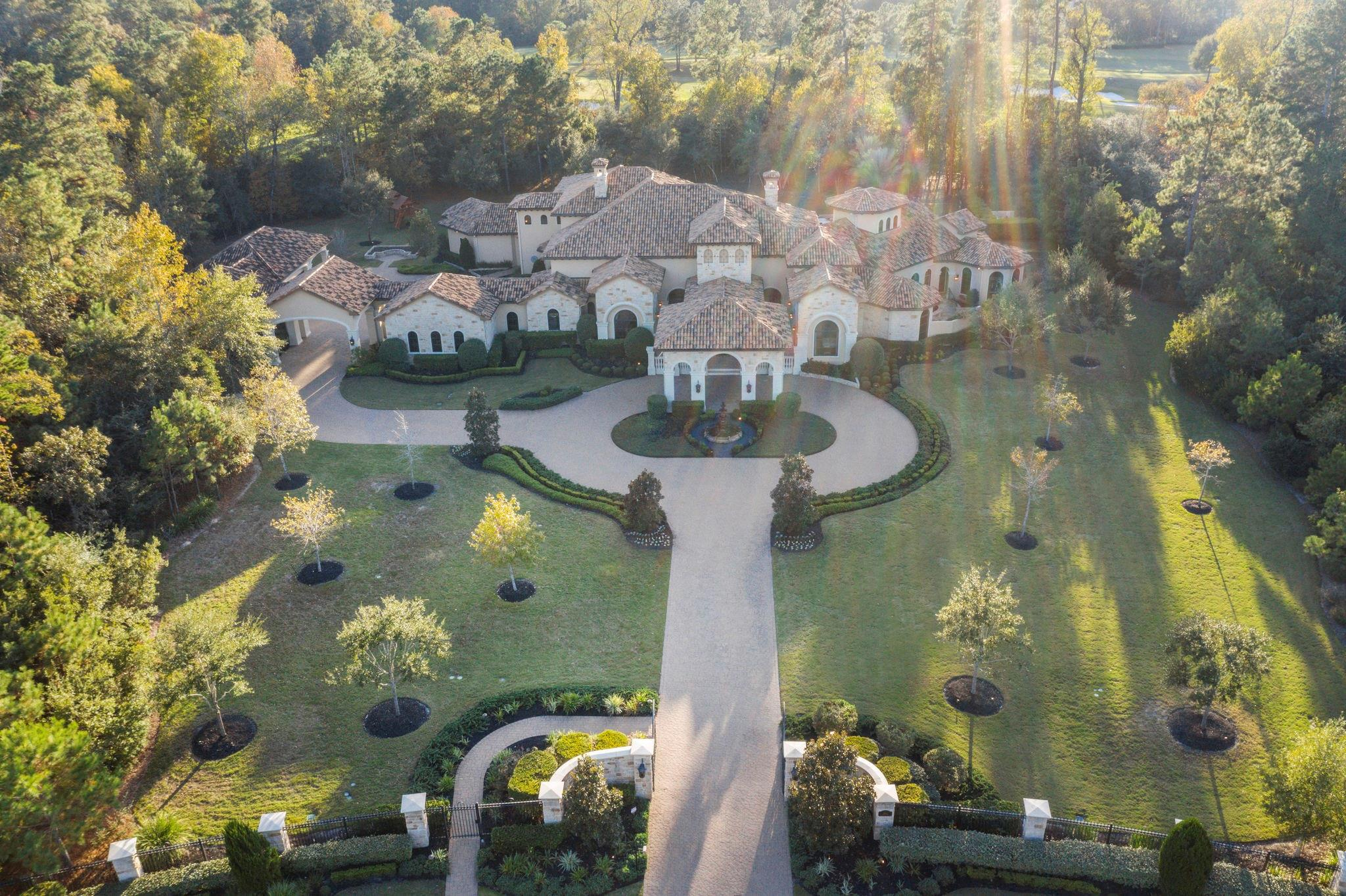 106 Mediterra Way Court Property Photo - The Woodlands, TX real estate listing