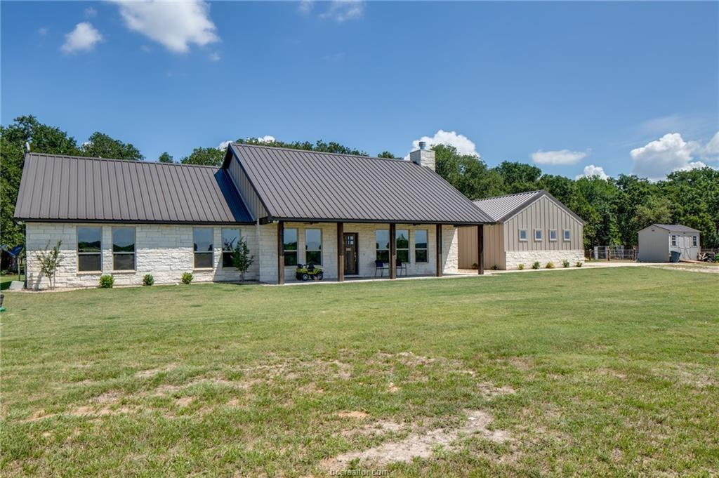 2324 County Road 353 Property Photo - Gause, TX real estate listing