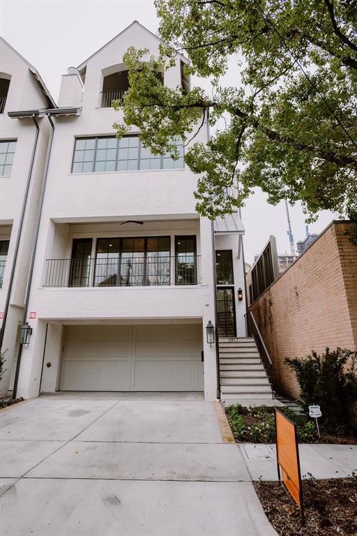 2817 Ferndale Street Property Photo