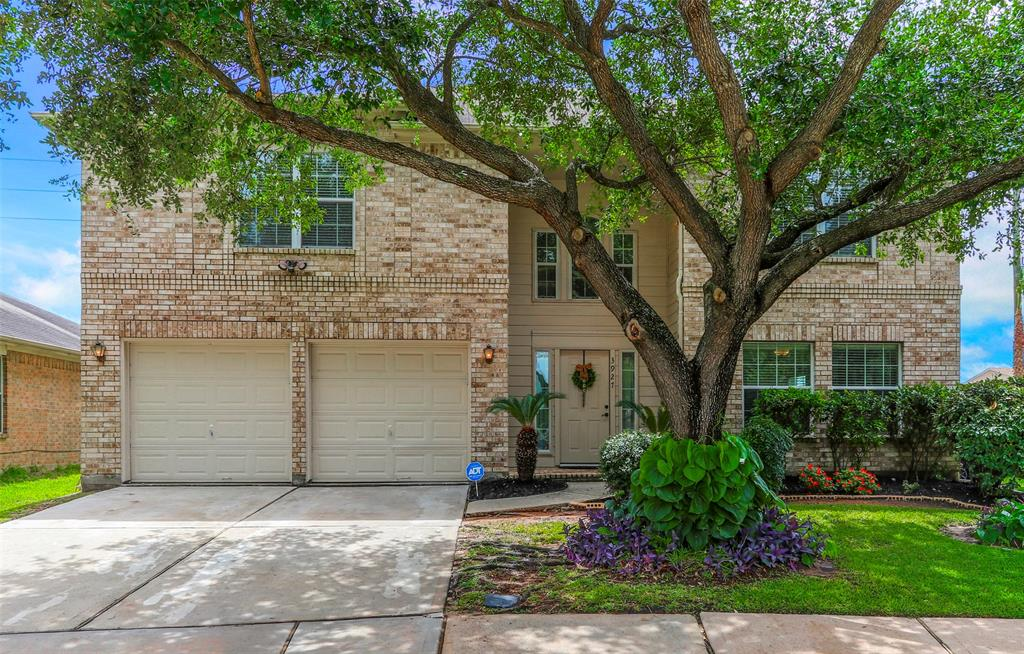 3927 Flatwood Drive Property Photo - Katy, TX real estate listing