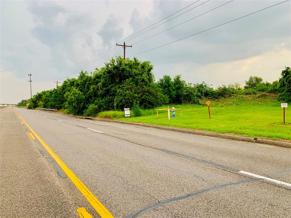 2700 Highway 3 Property Photo - La Marque, TX real estate listing