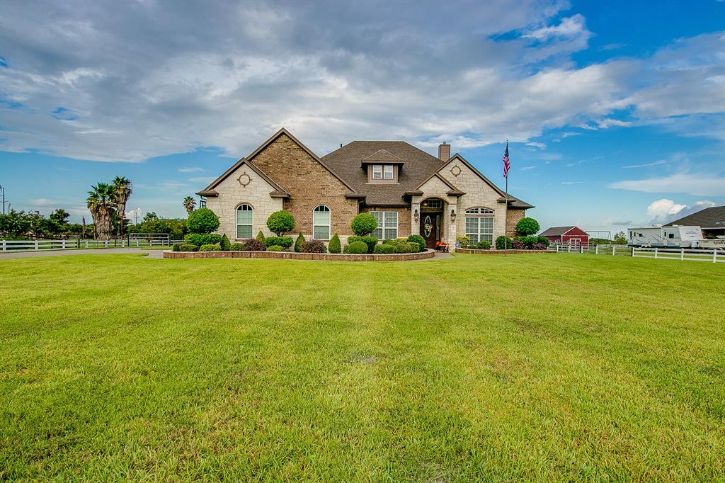 2629 29th Street N Property Photo - Texas City, TX real estate listing