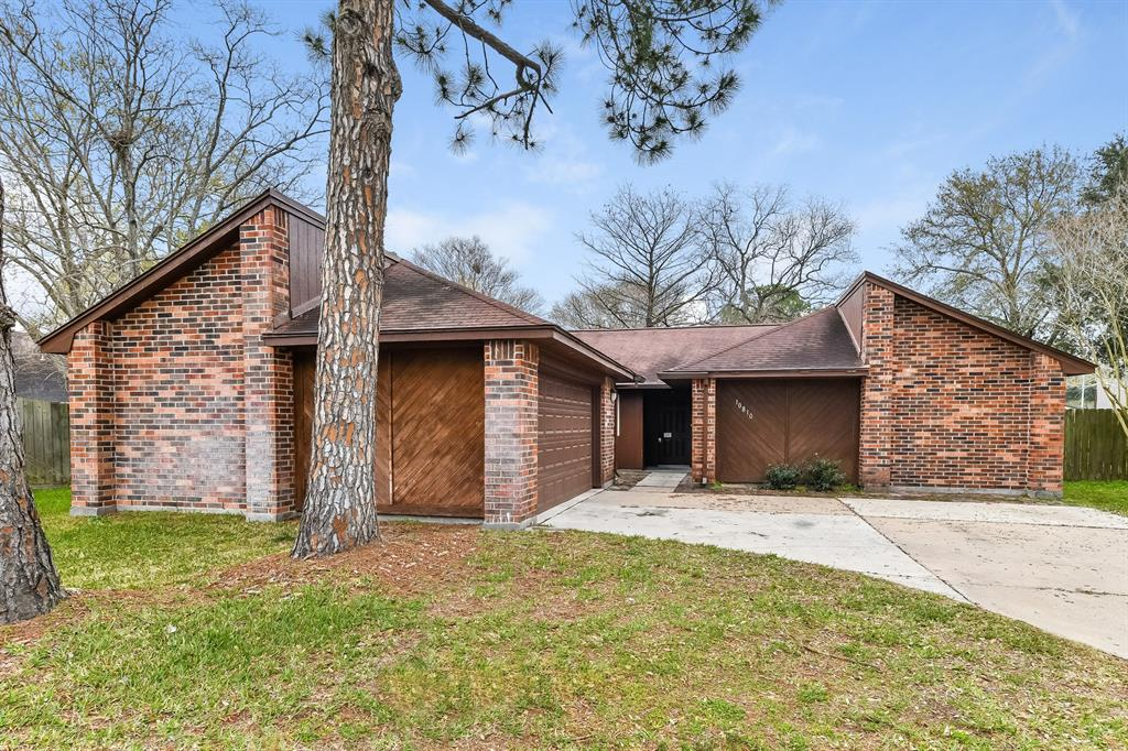 10810 Gusty Winds Court Property Photo - Houston, TX real estate listing