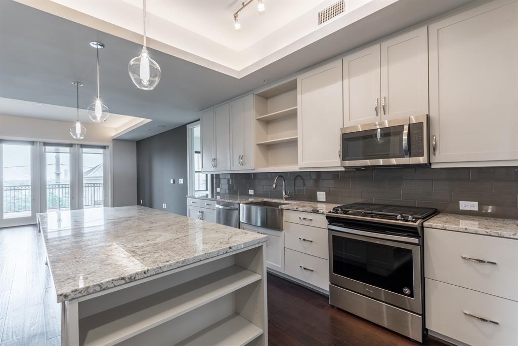 2311 Mid Lane #313, Houston, TX 77027 - Houston, TX real estate listing