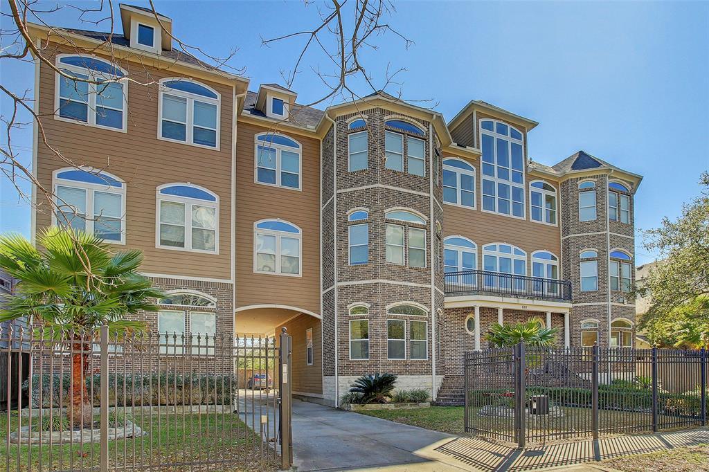 832 Yale Street Property Photo - Houston, TX real estate listing