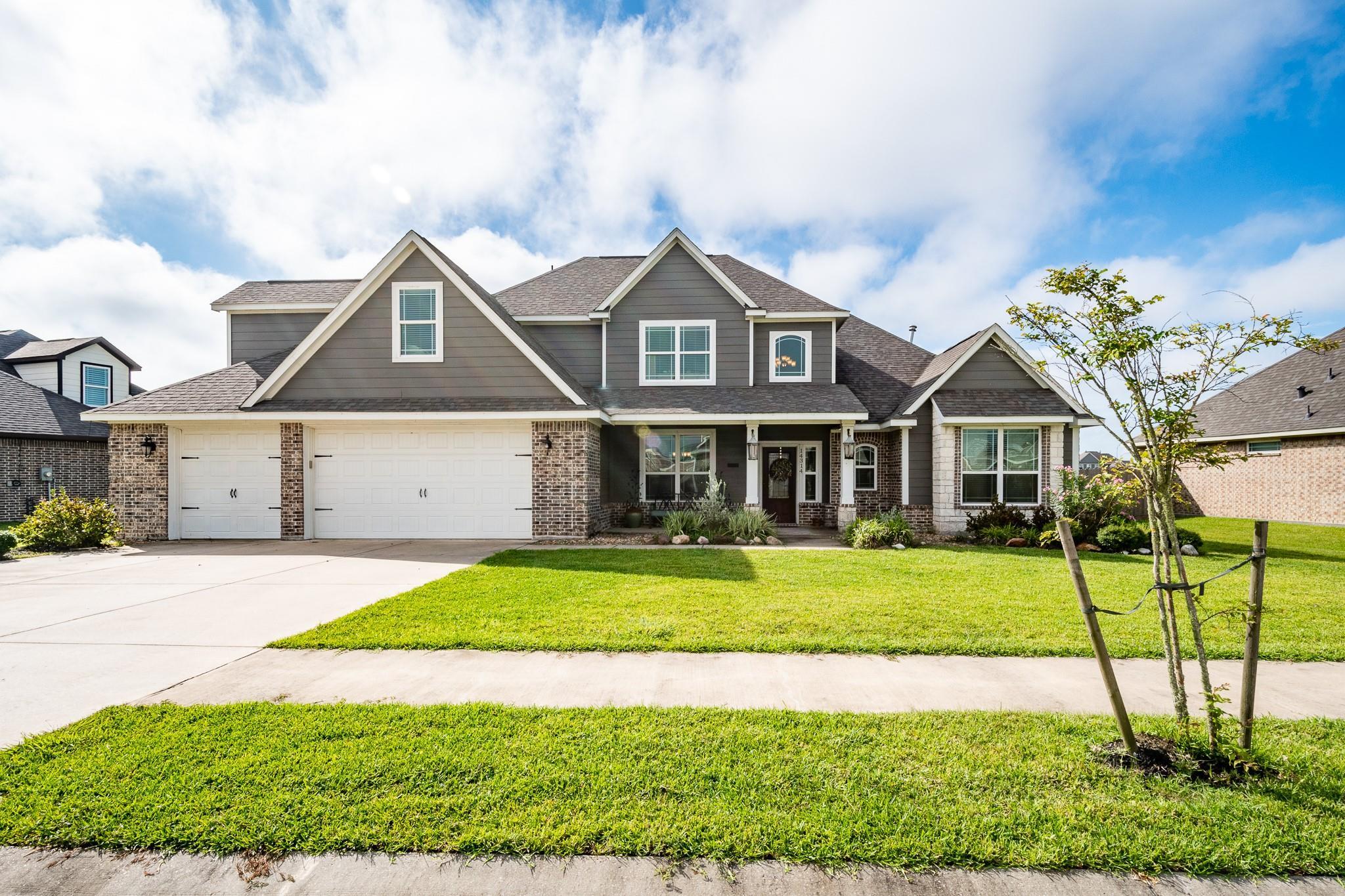 14314 Fairmont Park Lane Property Photo - Mont Belvieu, TX real estate listing
