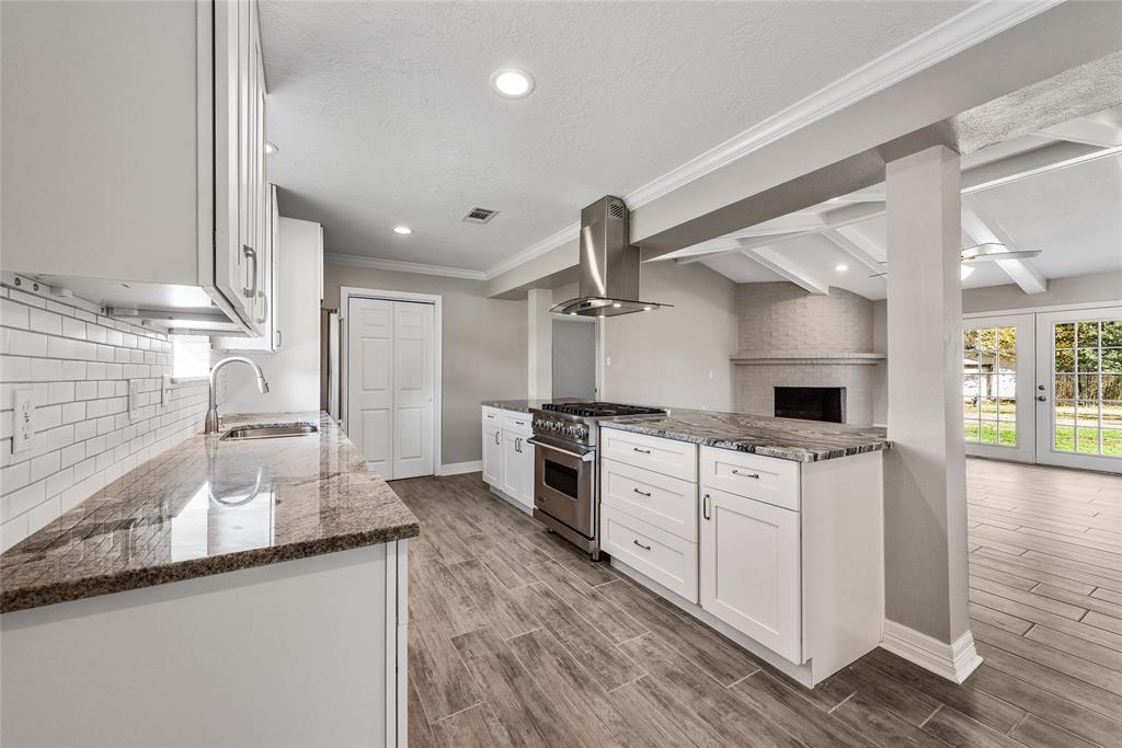 6327 Westcreek Drive, Brookside, TX 77581 - Brookside, TX real estate listing
