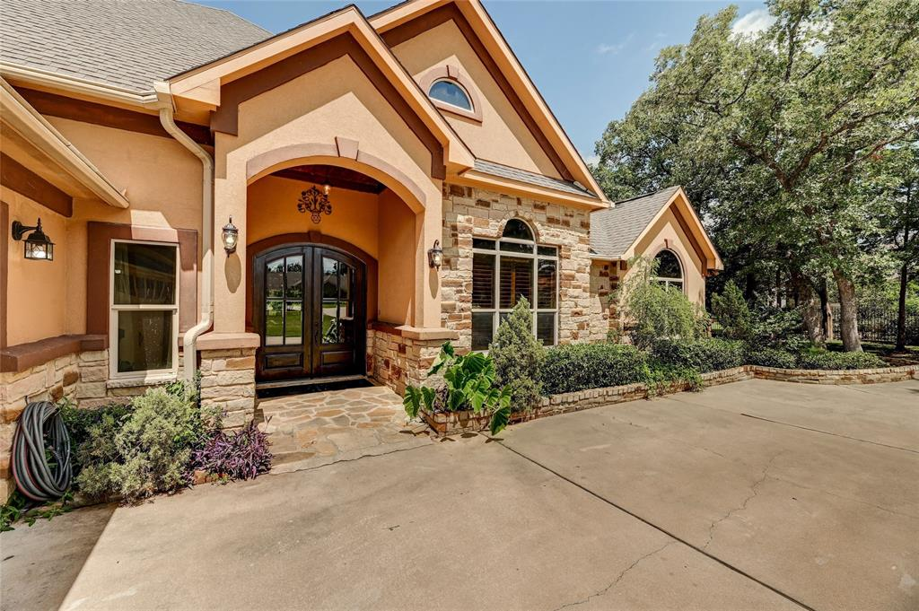 138 Valley View Drive Property Photo - Bastrop, TX real estate listing