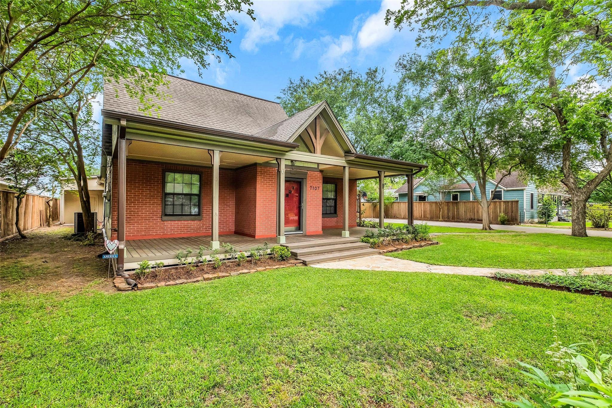 7107 Kernel Street Property Photo