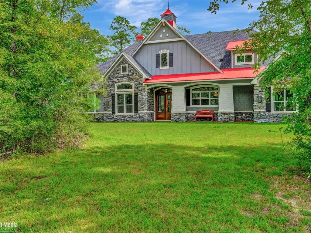 135 West Wood Drive Property Photo - Lufkin, TX real estate listing