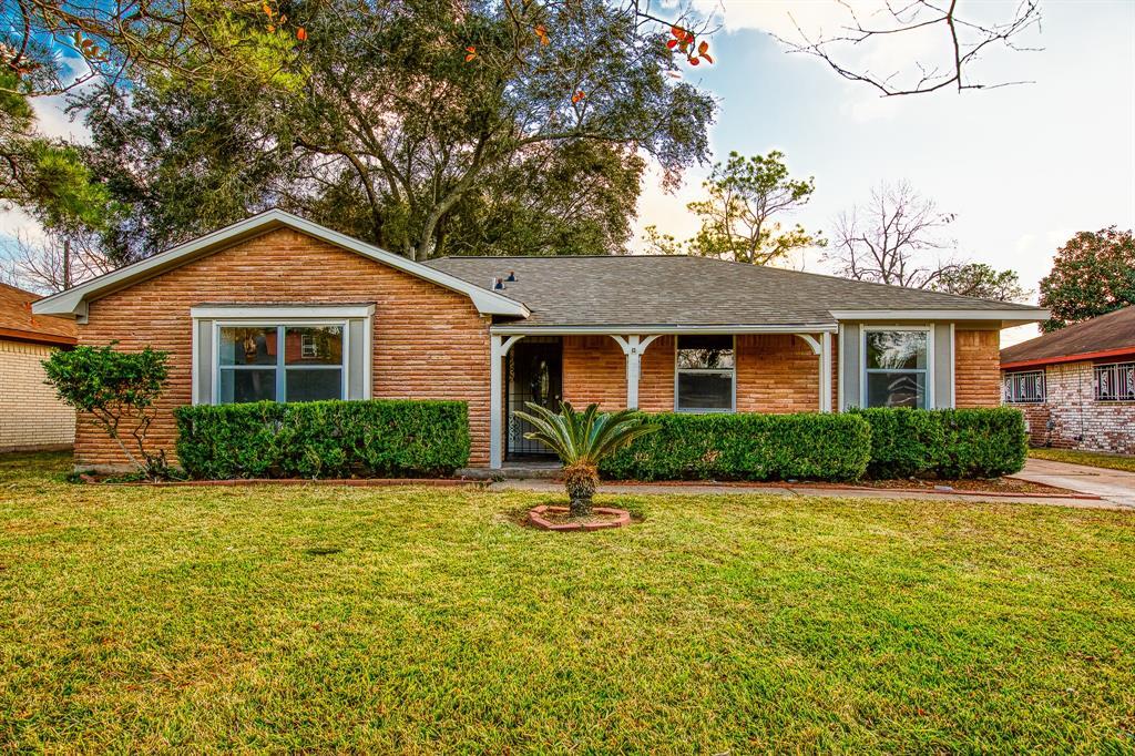 6207 Heatherbloom Drive, Houston, TX 77085 - Houston, TX real estate listing