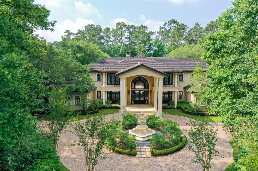 10 Magnolia Woods Drive Property Photo - Kingwood, TX real estate listing