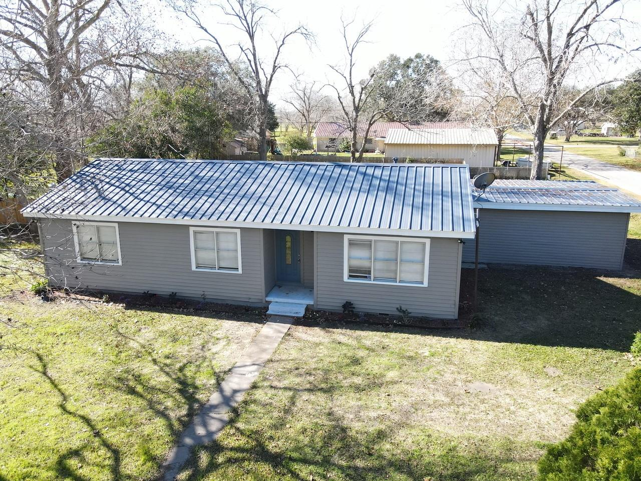 120 Matchett Drive Property Photo - Victoria, TX real estate listing