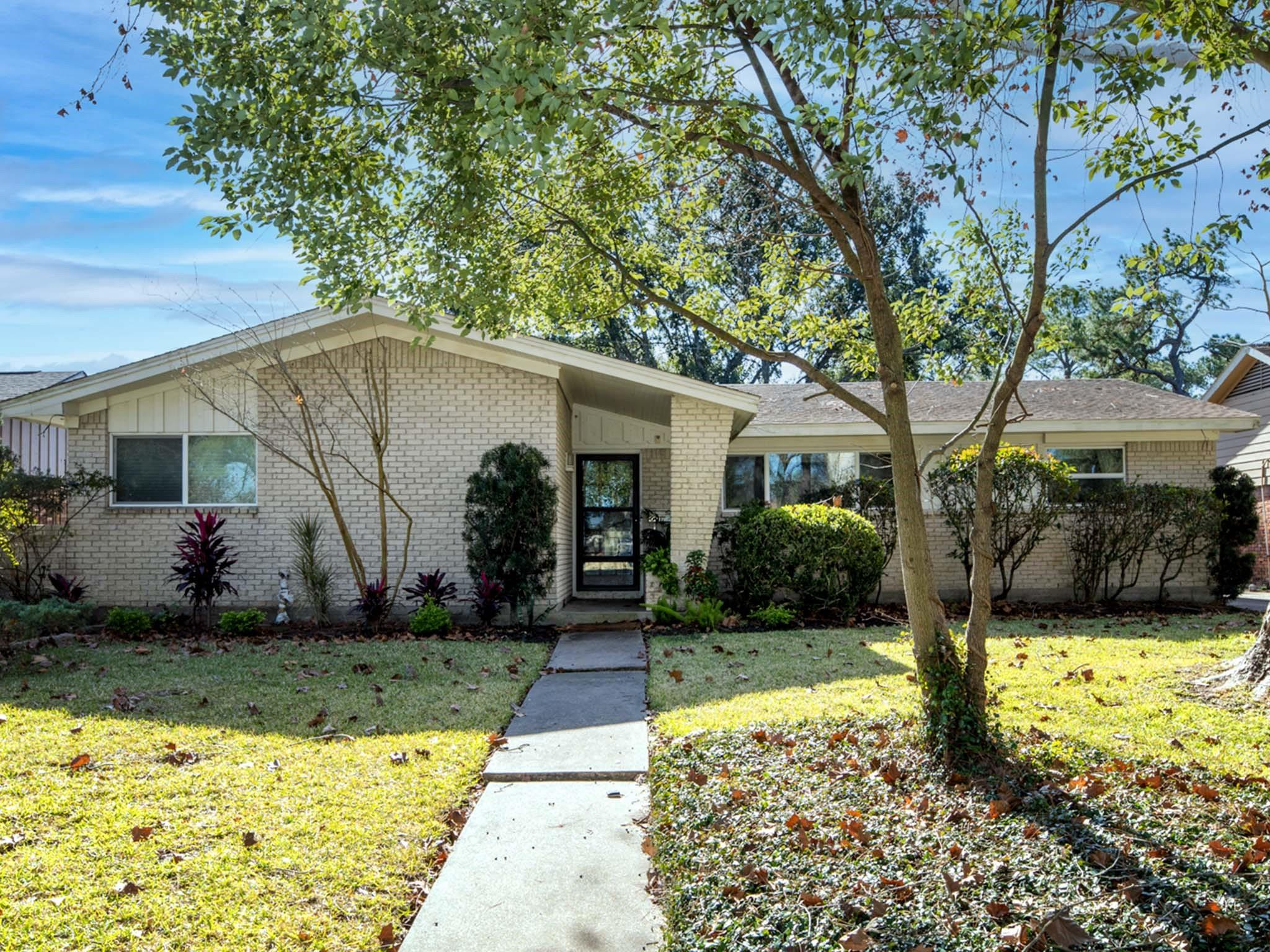 5442 Willow Creek Way Property Photo - Houston, TX real estate listing