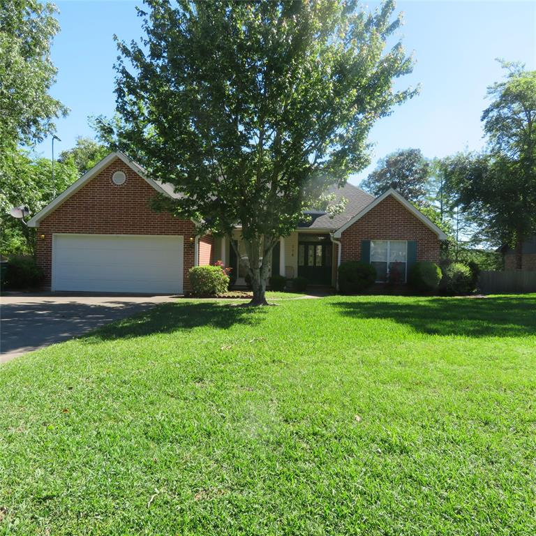 206 HORNBEAM Drive Property Photo - Village Mills, TX real estate listing