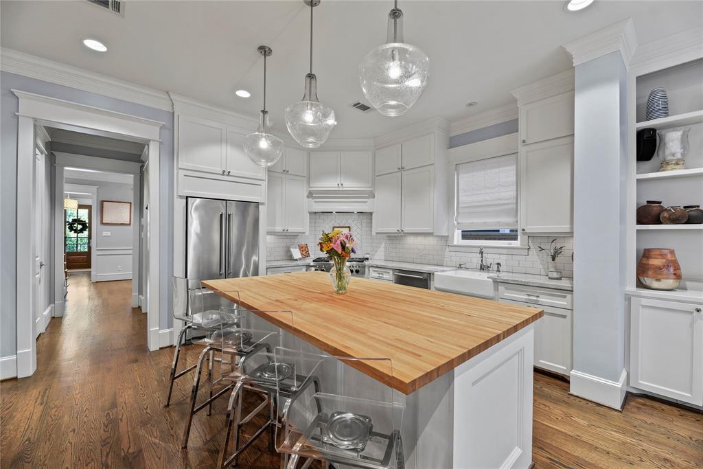 412 Arlington Street Property Photo
