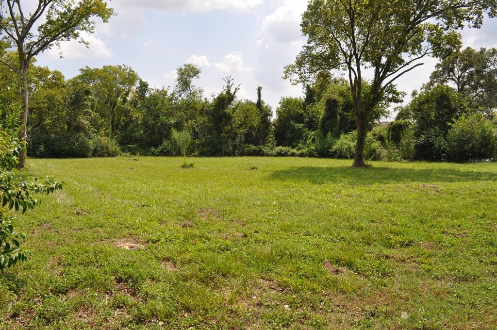 94 Rue Chalmette Property Photo - Baytown, TX real estate listing
