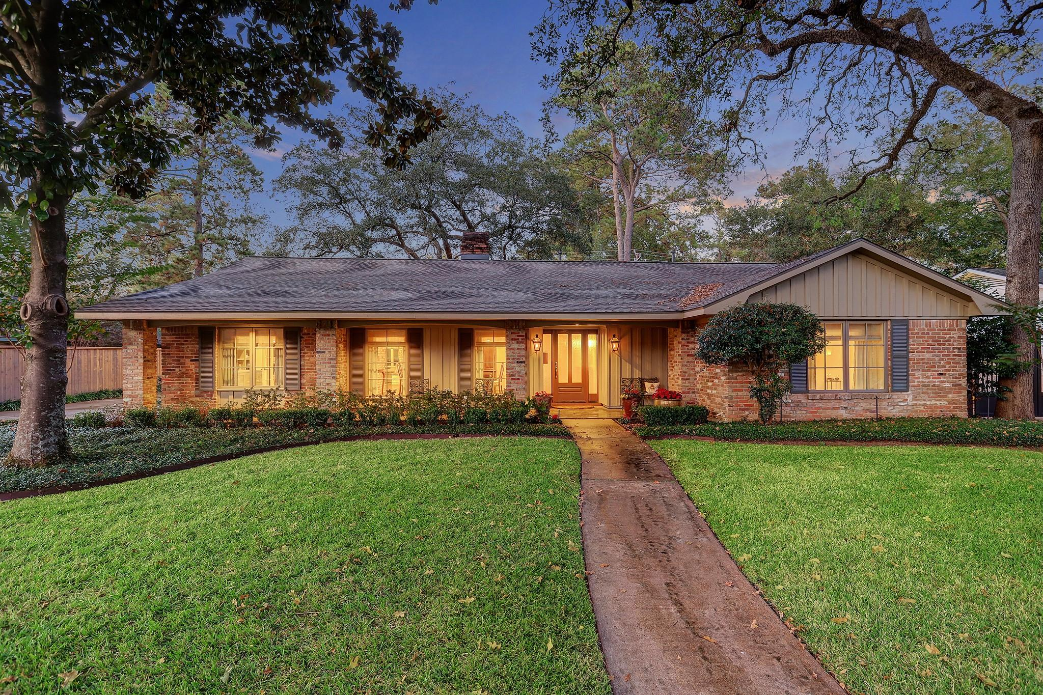 10022 Candlewood Drive Property Photo - Houston, TX real estate listing