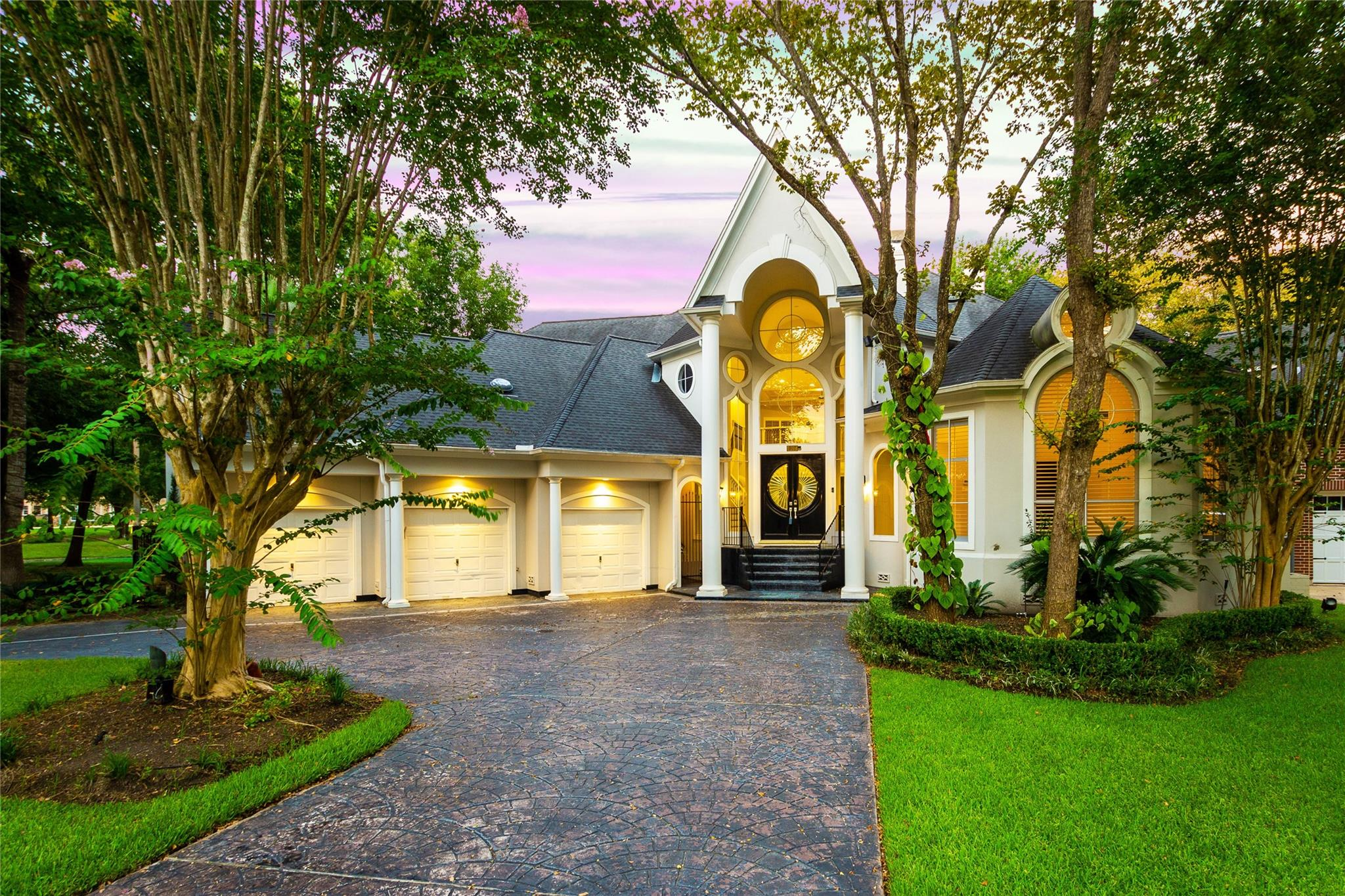 907 Peachwood Bend Drive Property Photo - Houston, TX real estate listing