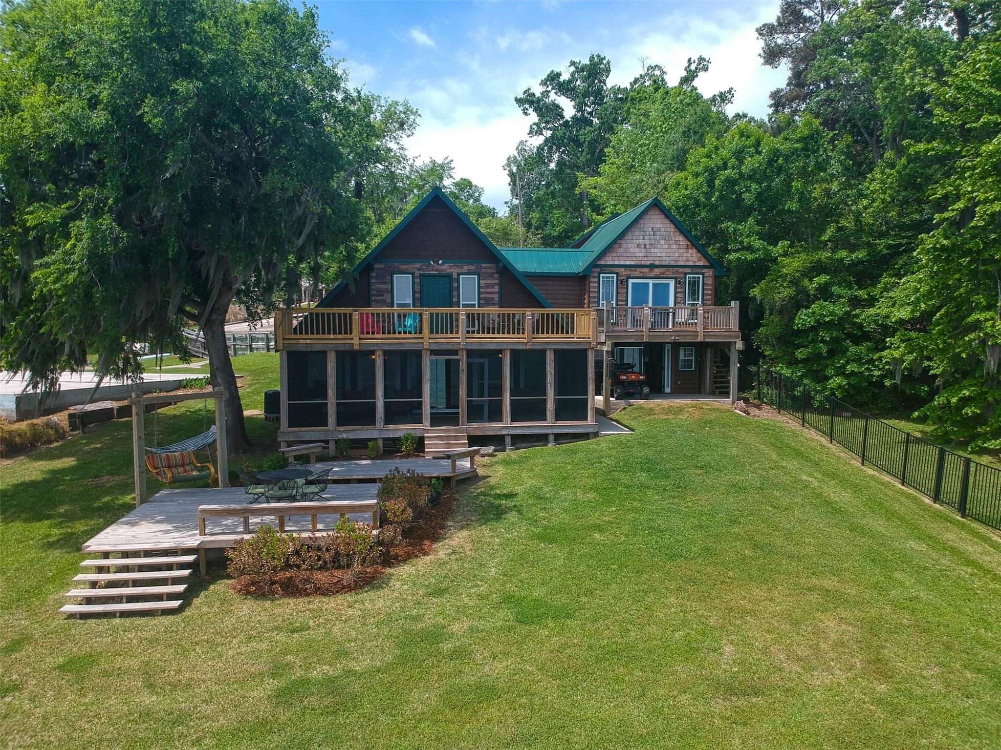 201 Holiday Lane Property Photo - Coldspring, TX real estate listing