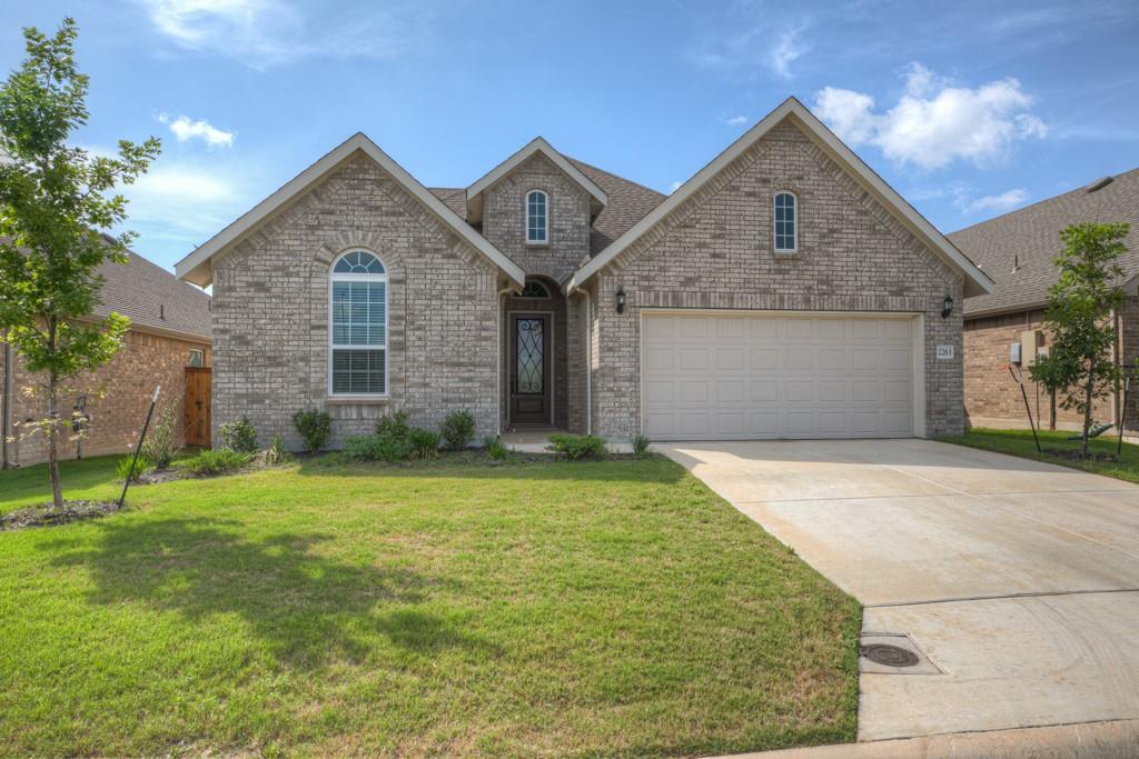 2263 Oak Run Parkway Property Photo