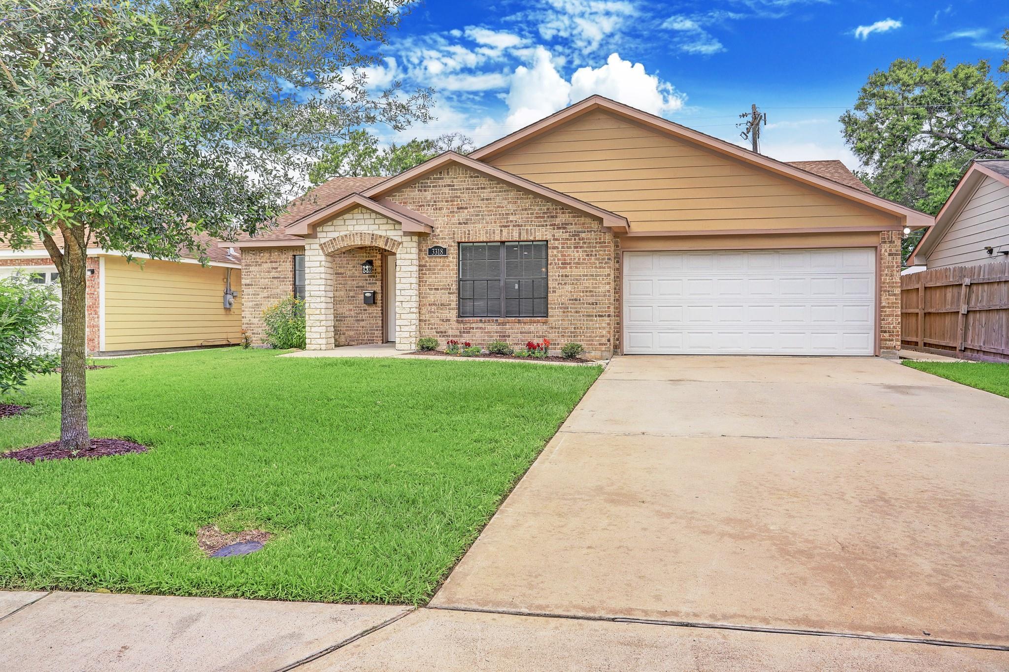 3318 Askew Street Property Photo