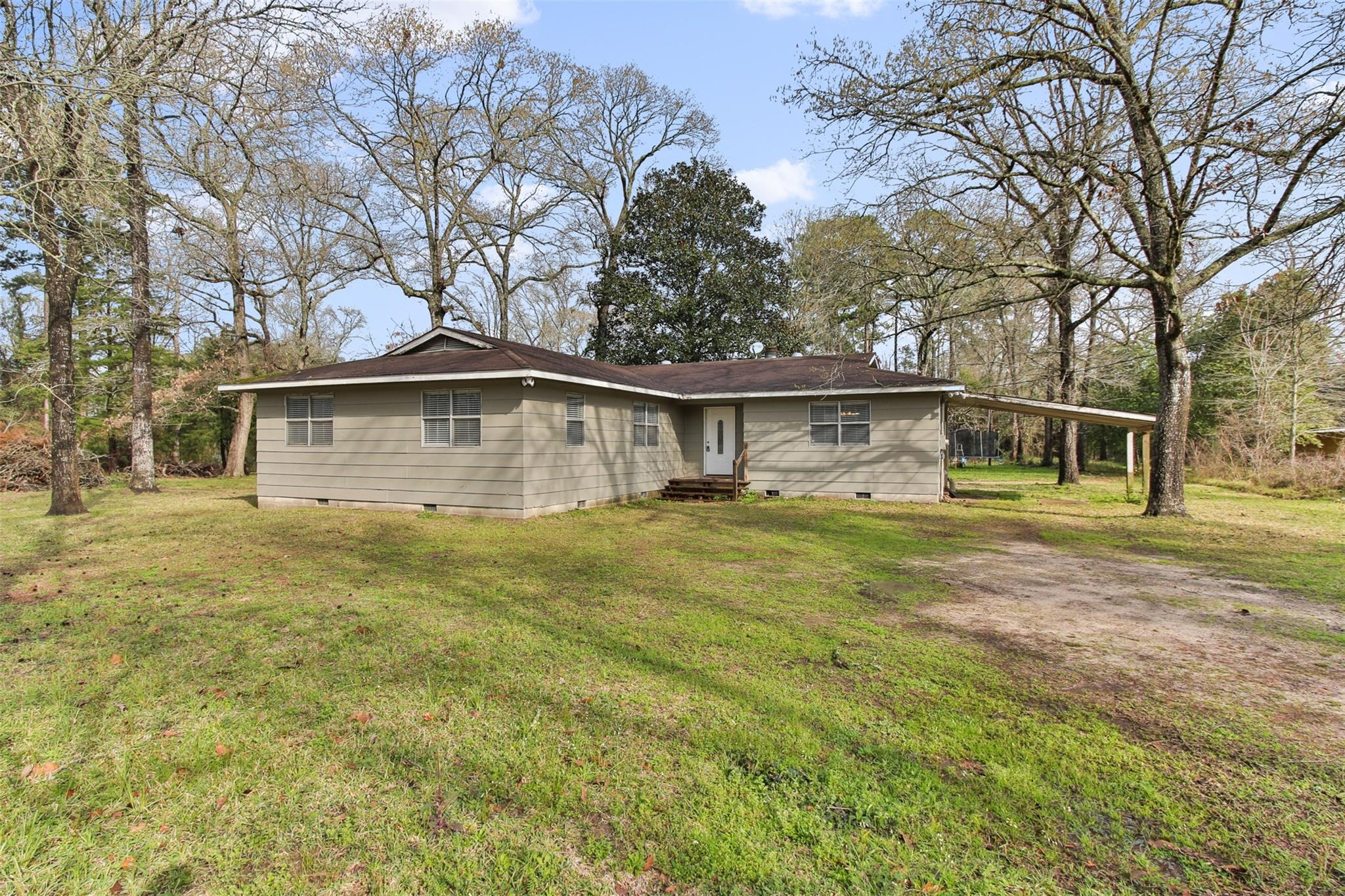 18020 Pinemont Road Property Photo - Willis, TX real estate listing