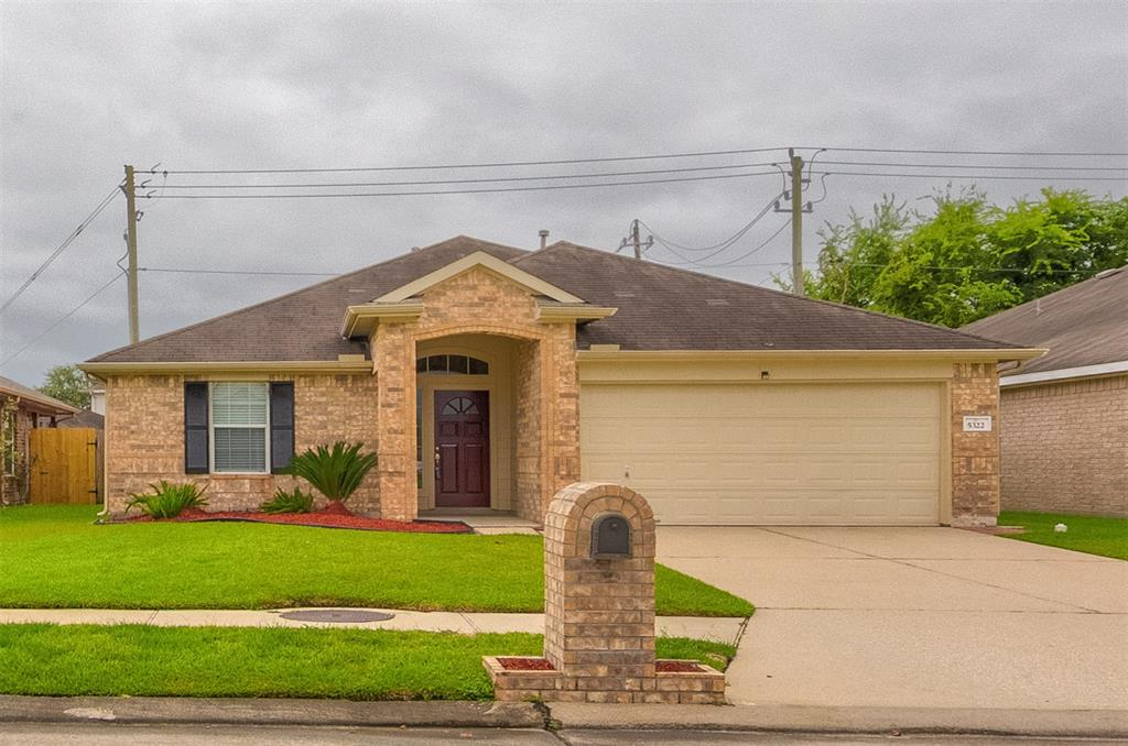 5322 Fairtide Drive Property Photo - Baytown, TX real estate listing