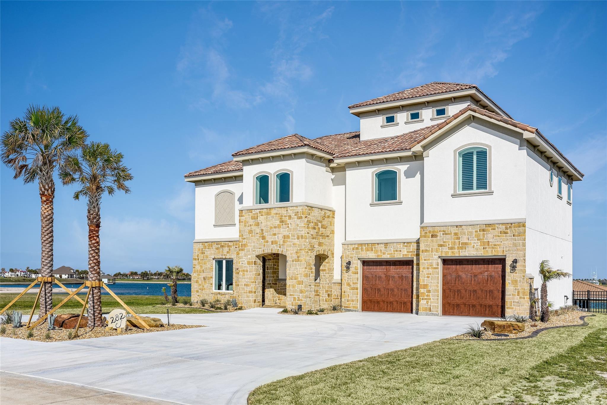 202 Bueno Vista Court Property Photo - Port O Connor, TX real estate listing