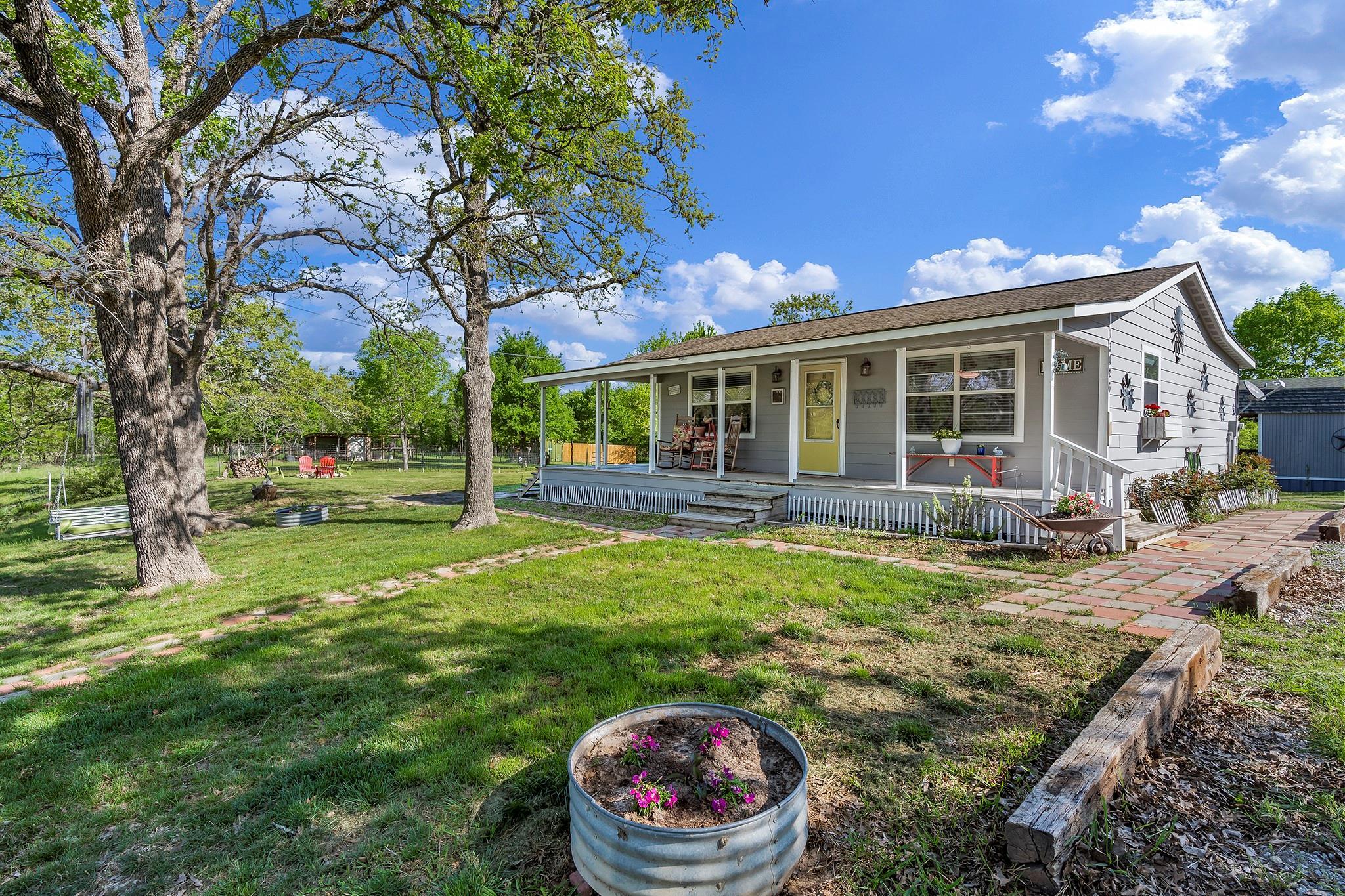 13426 Oak Drive Property Photo