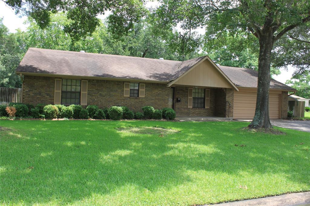 118 Briarwood Lane, Bellville, TX 77418 - Bellville, TX real estate listing