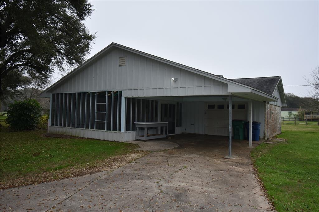 106 Dutch Lake Court, Oyster Creek, TX 77541 - Oyster Creek, TX real estate listing