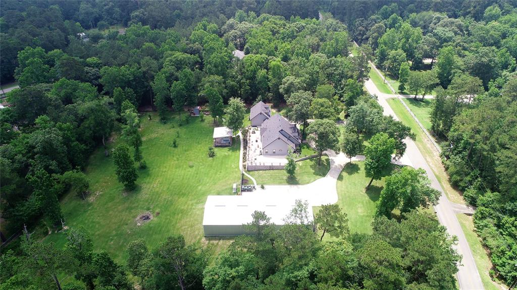 75 Lake Forest Circle Property Photo - Conroe, TX real estate listing