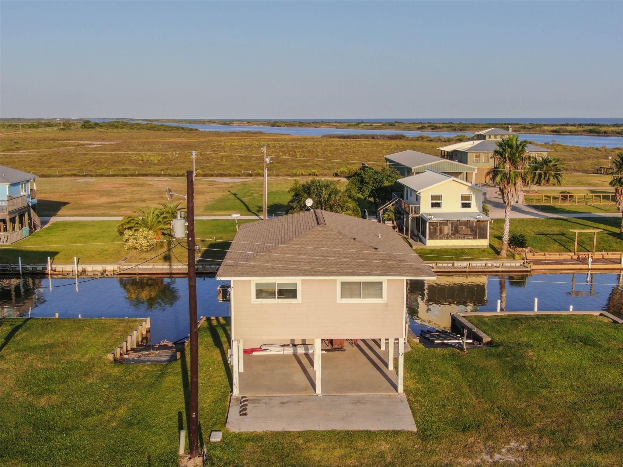 18 Private Road 642 Property Photo - Matagorda, TX real estate listing