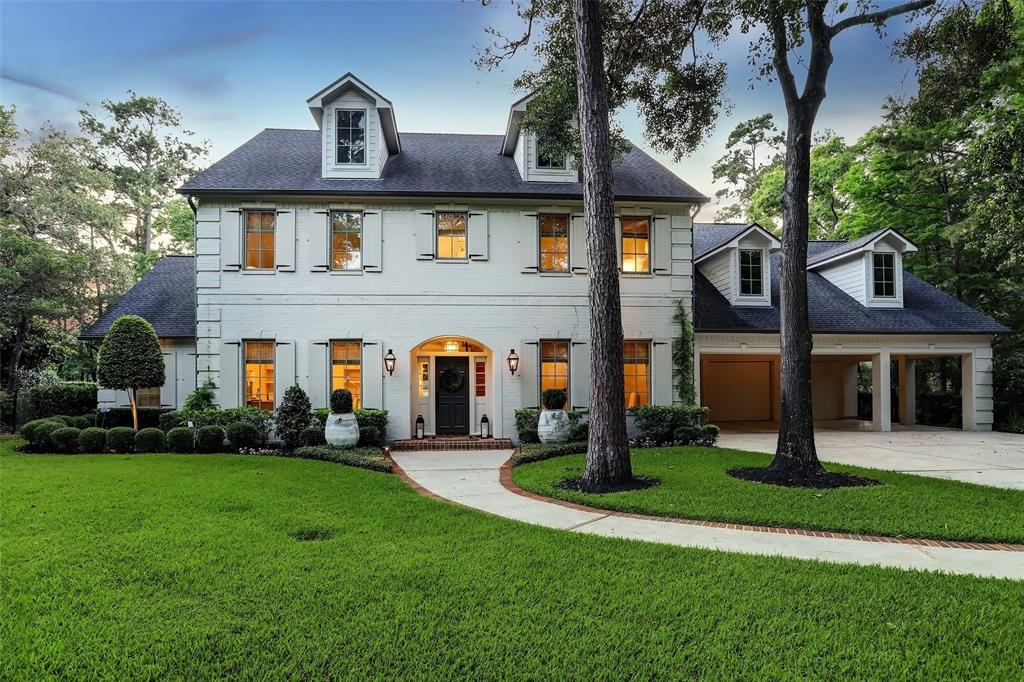 44 Autumn Crescent Property Photo - The Woodlands, TX real estate listing