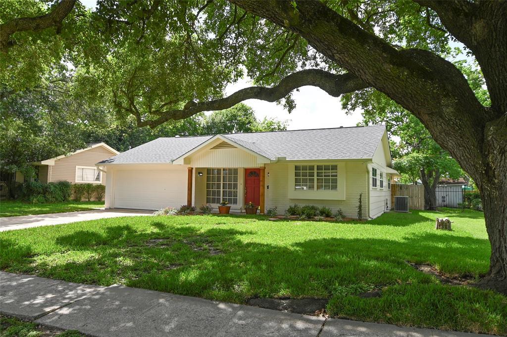 5710 Bridlington Street Property Photo - Houston, TX real estate listing