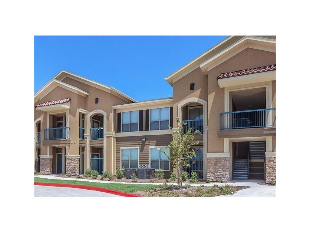 1100 S Stewart Boulevard Property Photo - Alton, TX real estate listing