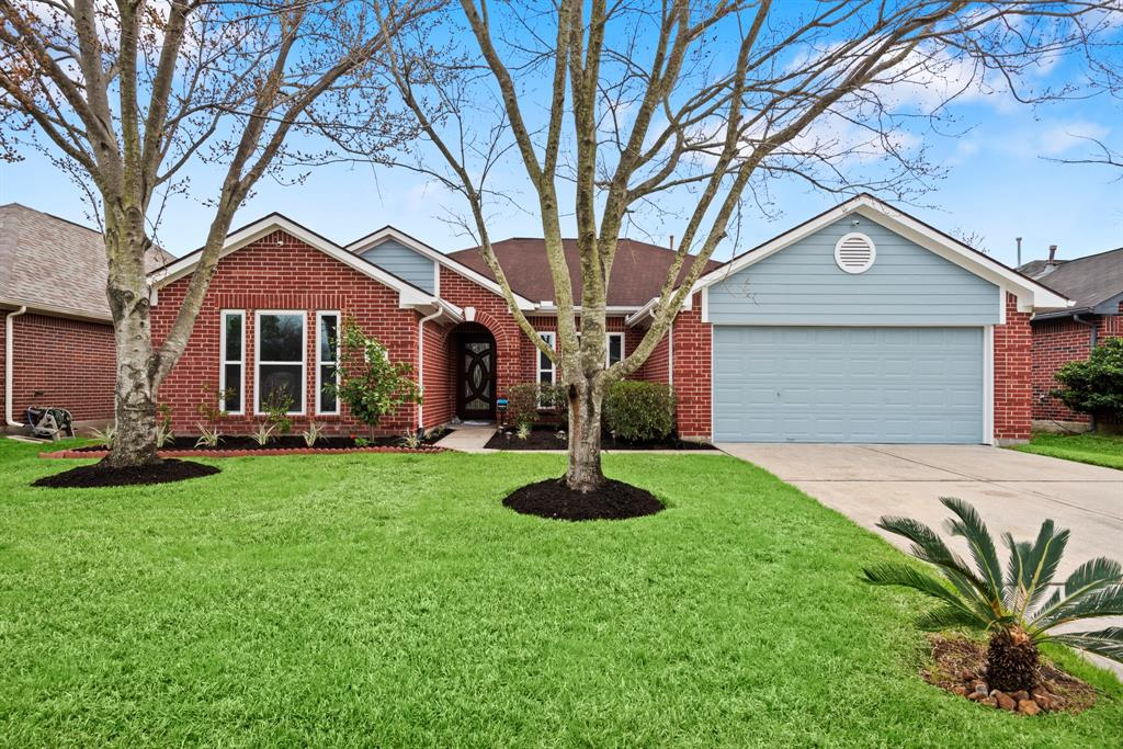 2422 Grand Canyon Drive, Houston, TX 77067 - Houston, TX real estate listing