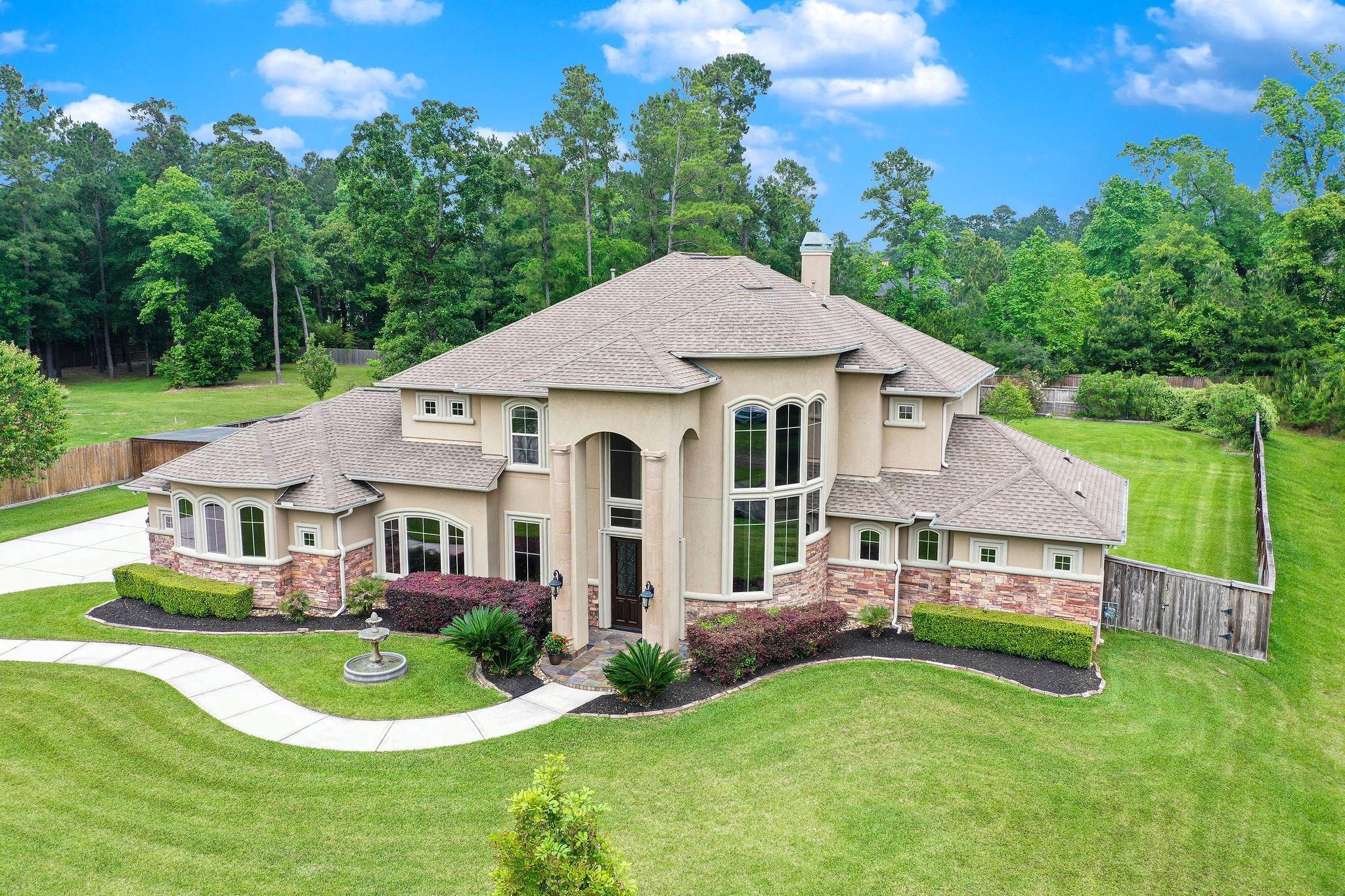 4447 Chateau Creek Way Property Photo