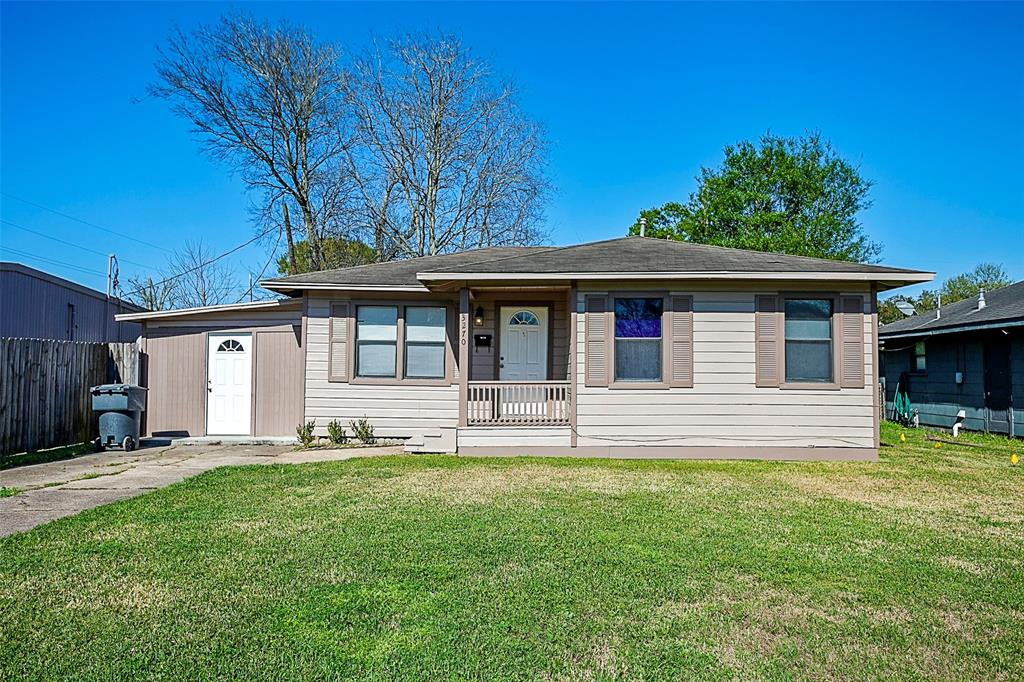 3270 Taft Avenue, Groves, TX 77619 - Groves, TX real estate listing