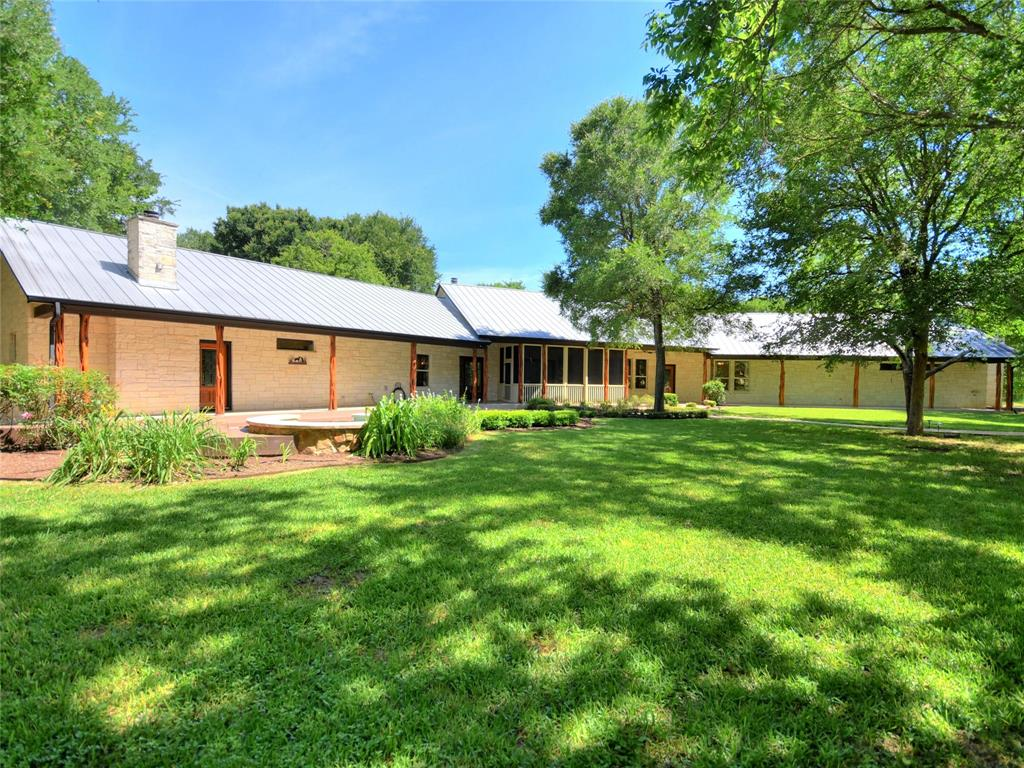 110 Frio Court Property Photo - Cedar Creek, TX real estate listing
