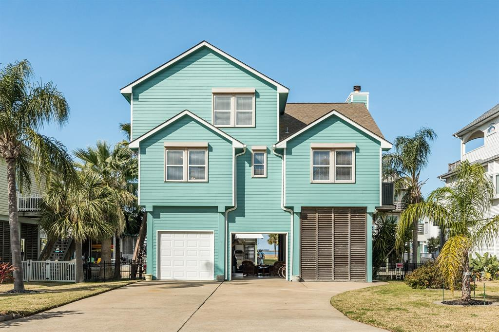 918 Short Reach Drive, Tiki Island, TX 77554 - Tiki Island, TX real estate listing
