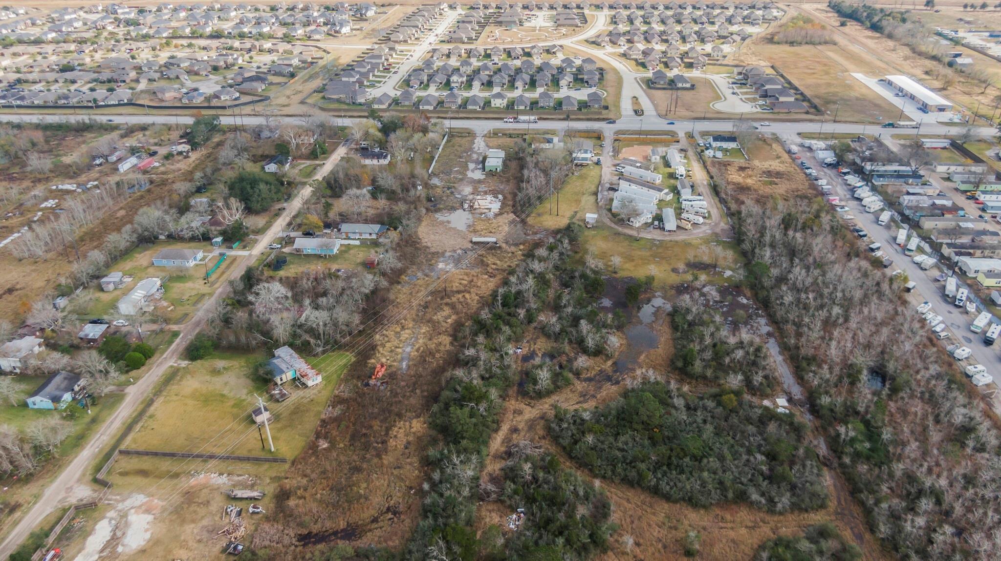 5320 Fm 2004 Road Property Photo