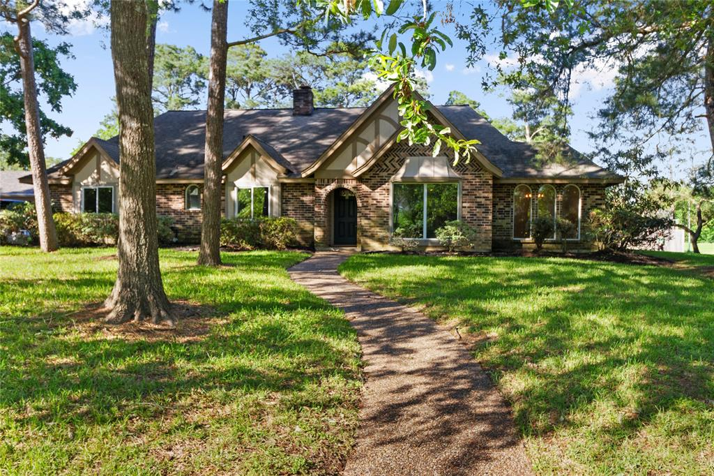 4102 Savell Drive Property Photo - Baytown, TX real estate listing