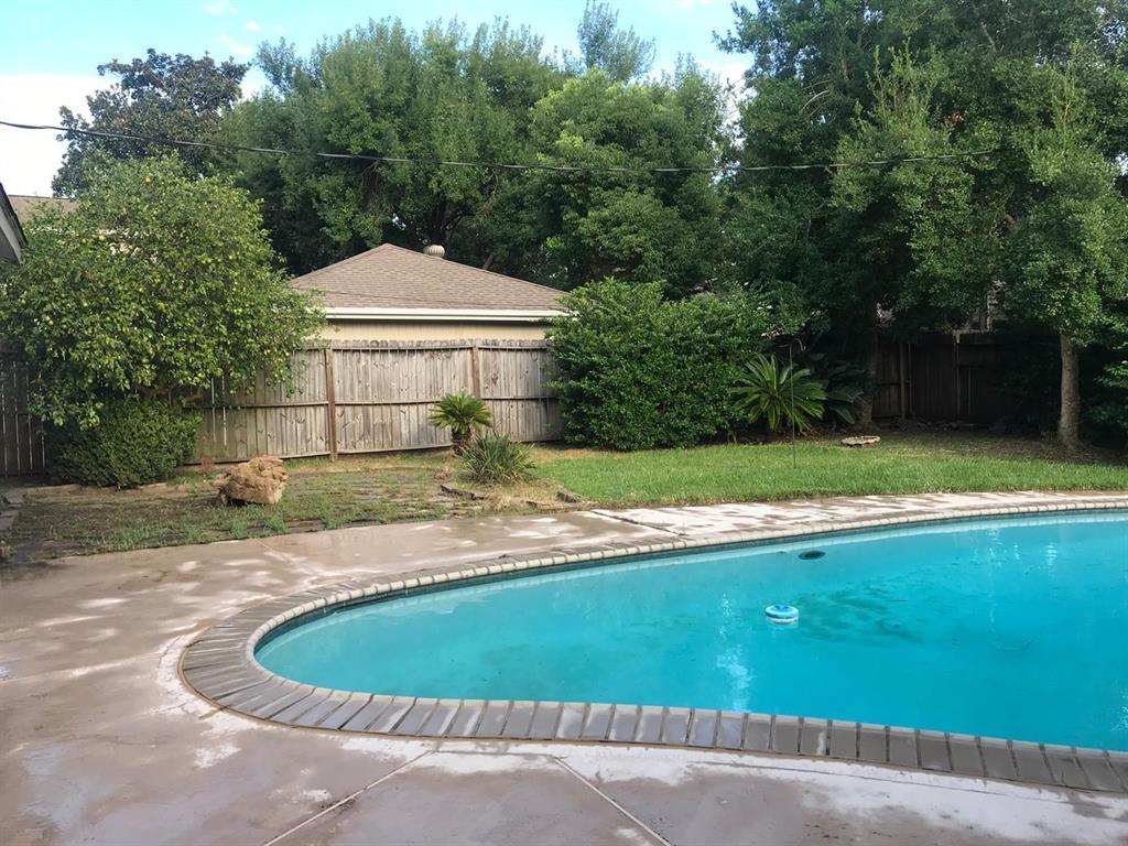 506 Crestwood Drive Property Photo - El Lago, TX real estate listing