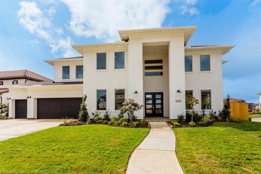 6027 Mowamba Terrace Lane Property Photo - Sugar Land, TX real estate listing